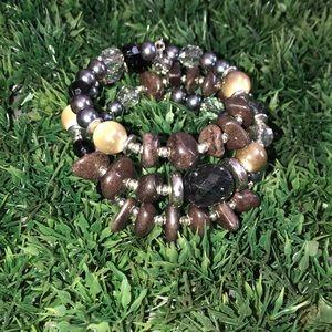 Twisty beaded bracelet